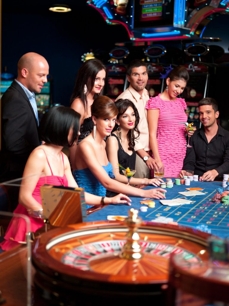glamourous roulette players